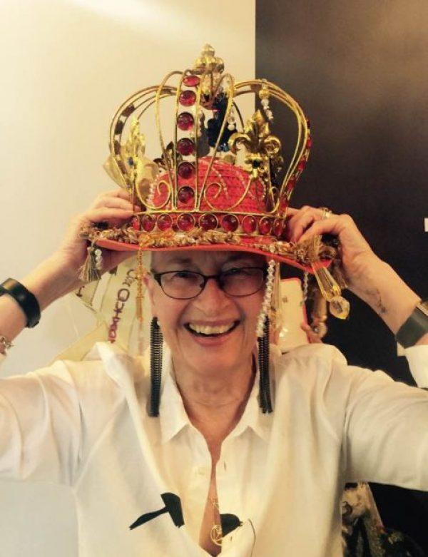 Dona Quixote crown